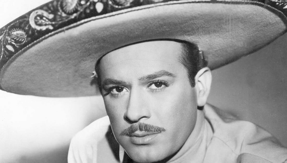 Pedro Infante El Gran Idolo De Mexico Revista Unica Por Cinco Mujeres Correction officers found hernandez amid a gruesome scene, with drawings on the wall and john 3:16 markings written in a substance consistent with blood, an investigation found. pedro infante el gran idolo de mexico